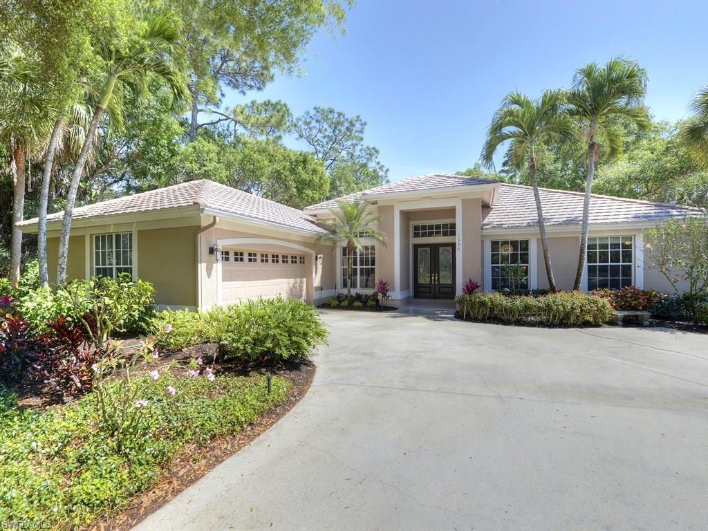 1996 Winding Oaks WAY, NAPLES, FL 34109
