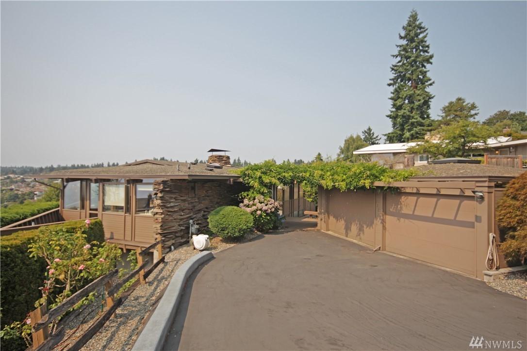 1820 SW Shoreview Lane, Seattle, WA 98146