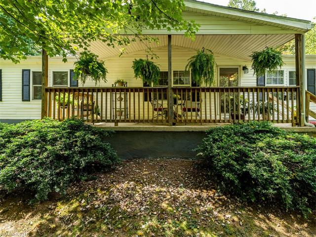 6 Prestwood Place, Leicester, NC 28748