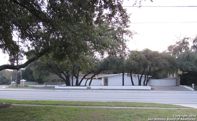 2202 BABCOCK RD, San Antonio, TX 78229