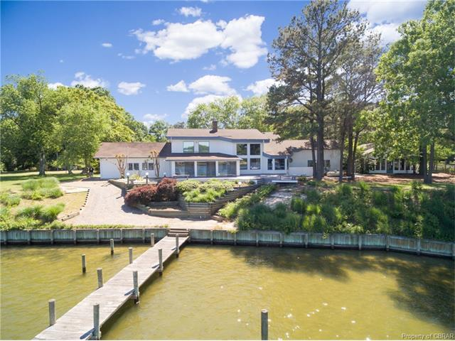 770 Oyster Point Drive, Reedville, VA 22539