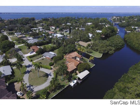 1019 Sumica Dr, Fort Myers, FL 33919