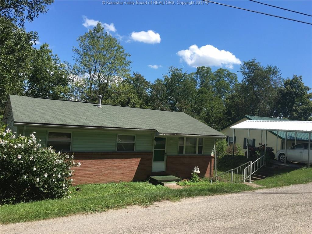 318 Redwood Drive, Charleston, WV 25302