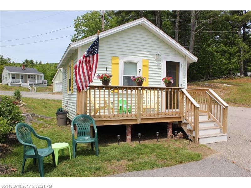 This lovely cottage is situated right by the Ogunquit, York border and is a short distance to Ogunquit town center, beaches, restaurants and the Playhouse.  The cottage has been renovated throughout with a full kitchen, breakfast bar and full bath.  A spacious front porch offers a comfortable place to soak in the sun for the perfect Summer getaway.  Birch Knoll offers a pool, laundry room, large grounds and communal fire pit.  A great chance to enjoy all of Ogunquit at an affordable price. Rentals allowed.