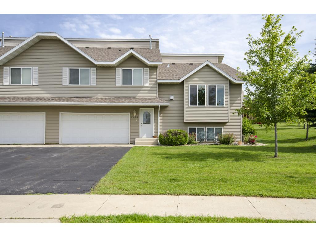 4115 Trumpeter Drive SE, Rochester, MN 55904