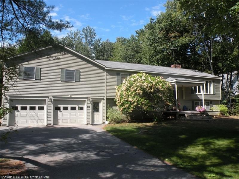 202 Foreside RD , Falmouth, ME 04105