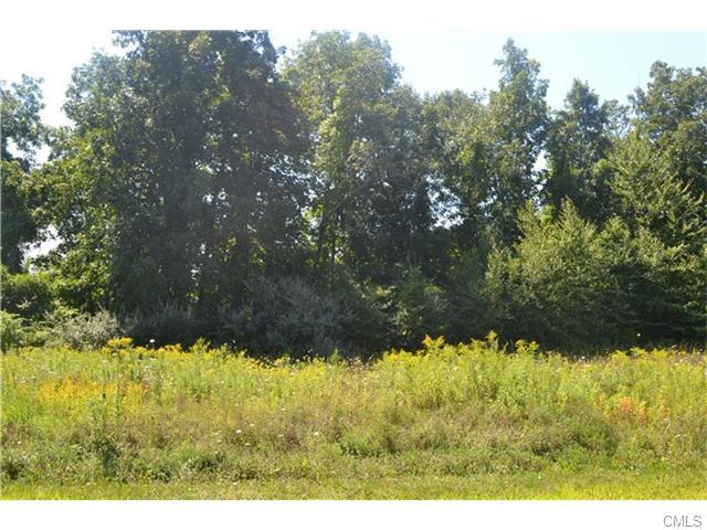 70 Hawthorne Lane, New Milford, CT 06776