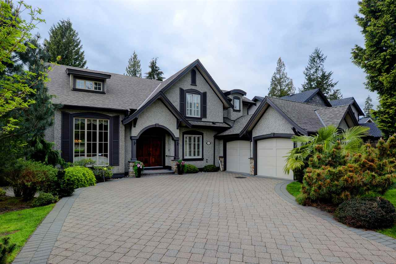 2929 EDGEMONT BOULEVARD, North Vancouver, BC V7L 1R9
