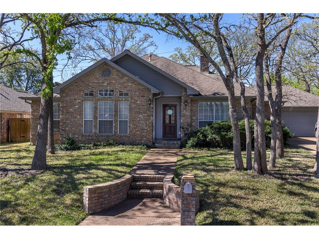 1006 Woodhaven Circle, College Station, TX 77840