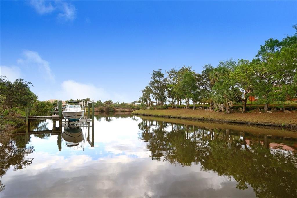 7361 SW Kantner Drive, Stuart, FL 34997