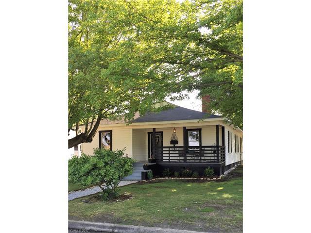 103 Barker Avenue, Swannanoa, NC 28778