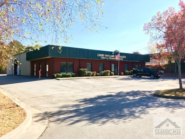 3160 Lenora Church Rd, Snellville, GA 30039