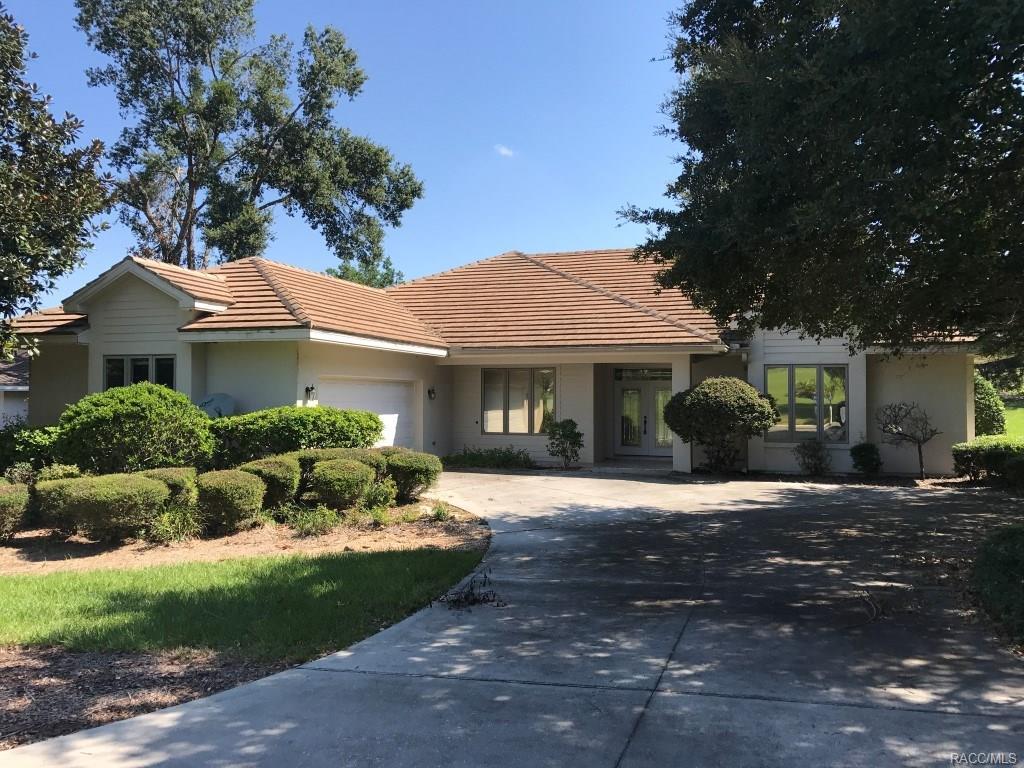 3065 N Pinelake Village Point, Lecanto, FL 34461