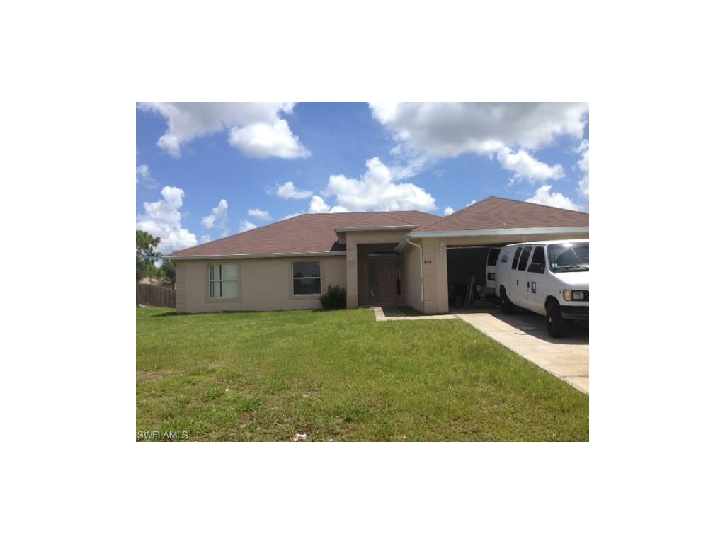 404 Willowbrook DR, LEHIGH ACRES, FL 33972