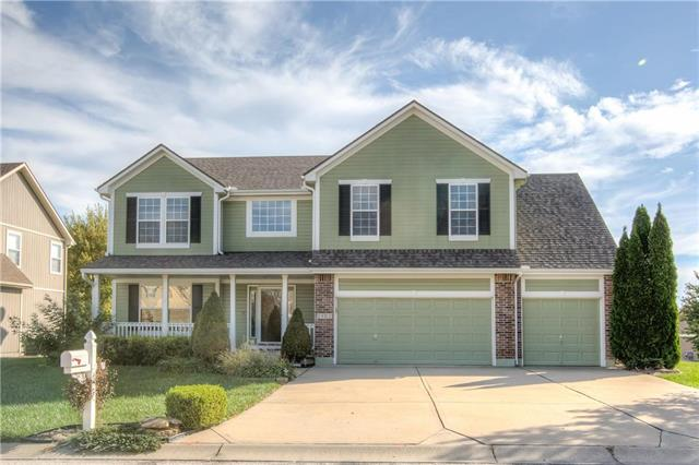 2402 NW Cove Drive, Blue Springs, MO 64015