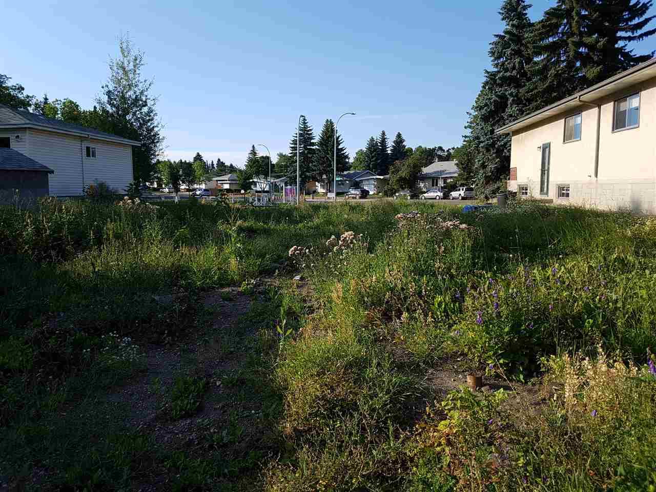 8751 92A Avenue, Edmonton, AB T6C 1S7
