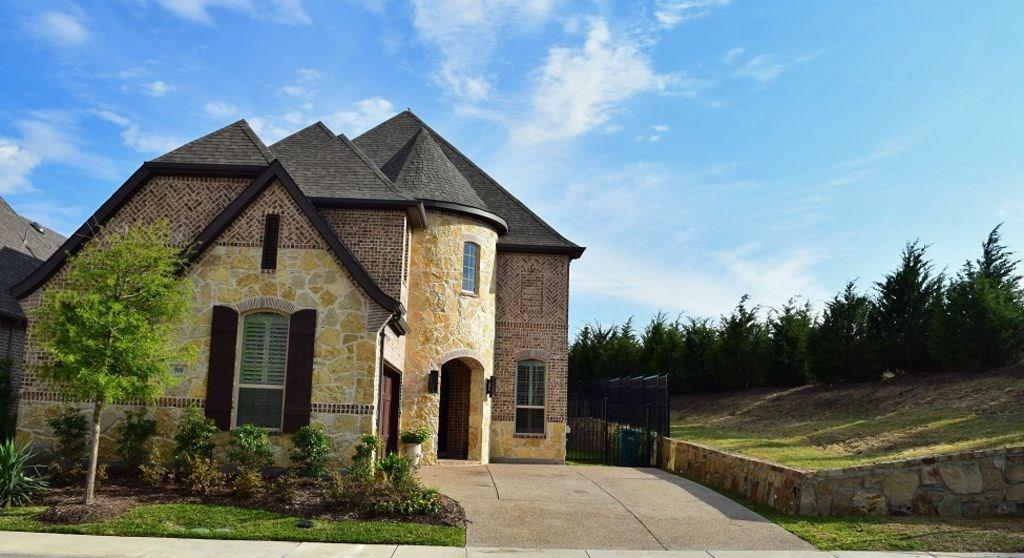 900 Fir Forrest Drive, Lewisville, TX 75056