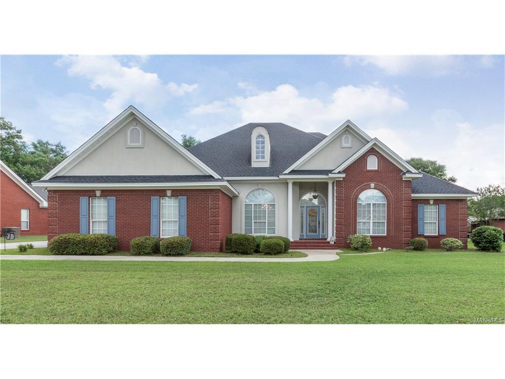 135 Shady Oak Lane, Prattville, AL 36066