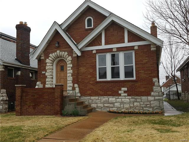 5735 Chippewa, St Louis, MO 63109
