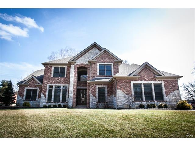 100 Shady Valley Drive, Chesterfield, MO 63017