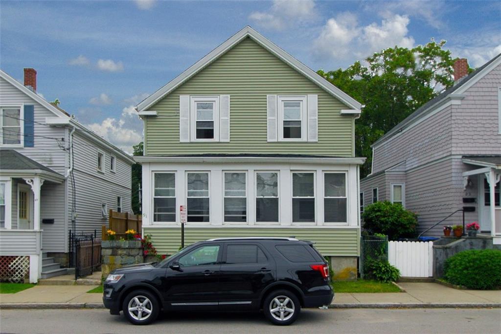 91 Van Zandt AV, Newport, RI 02840
