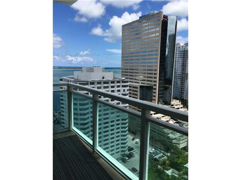 950 Brickell Bay Dr 2107, Miami, FL 33131