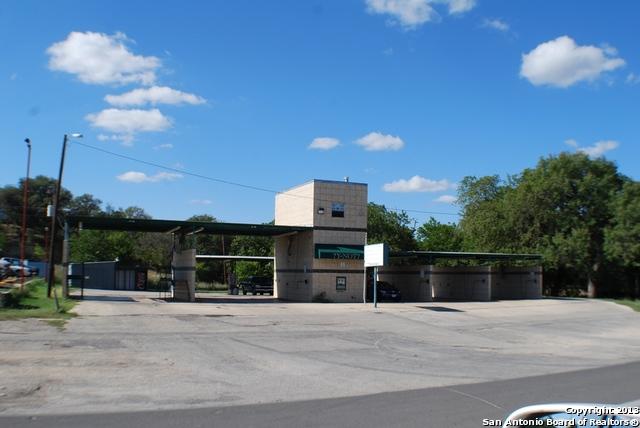 445 State Highway 16, Bandera, TX 78003