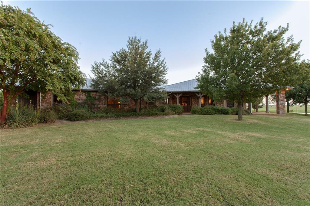 4000 Parker Hill Road, Palmer, TX 75152