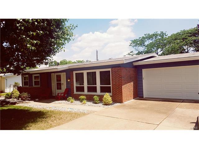 704 Paschal Drive, St Louis, MO 63125