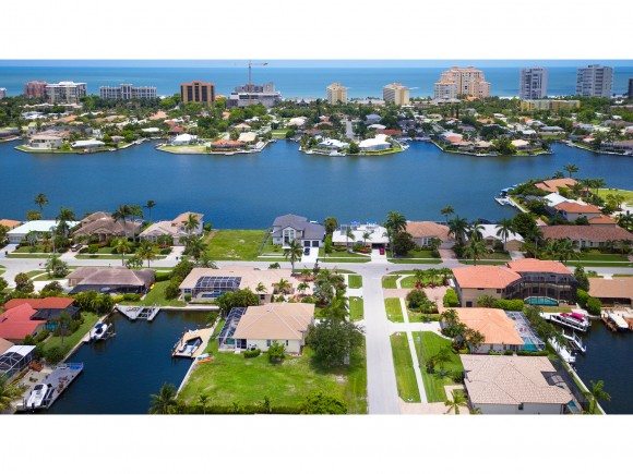 1113 LIGHTHOUSE 7, MARCO ISLAND, FL 34145