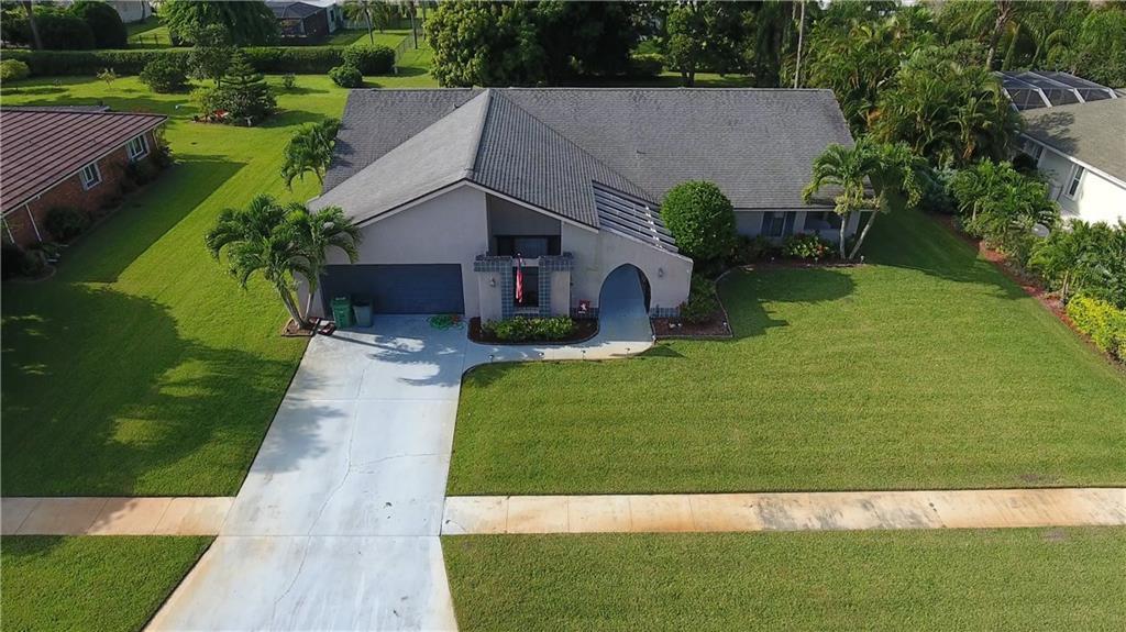 1862 SE Greendon Avenue, Port Saint Lucie, FL 34952