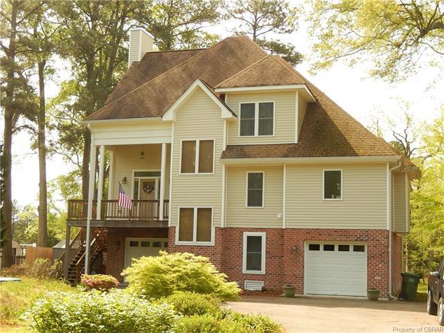 8240 Mobjack Lane, Hayes, VA 23072
