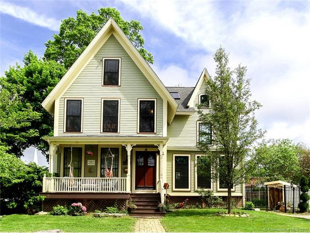 51 Washington St, Stonington, CT 06355