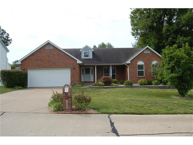 218 Pond Hollow, St Charles, MO 63303