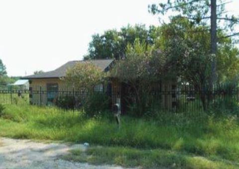 220 Bocawood Drive, Poteet, TX 78065