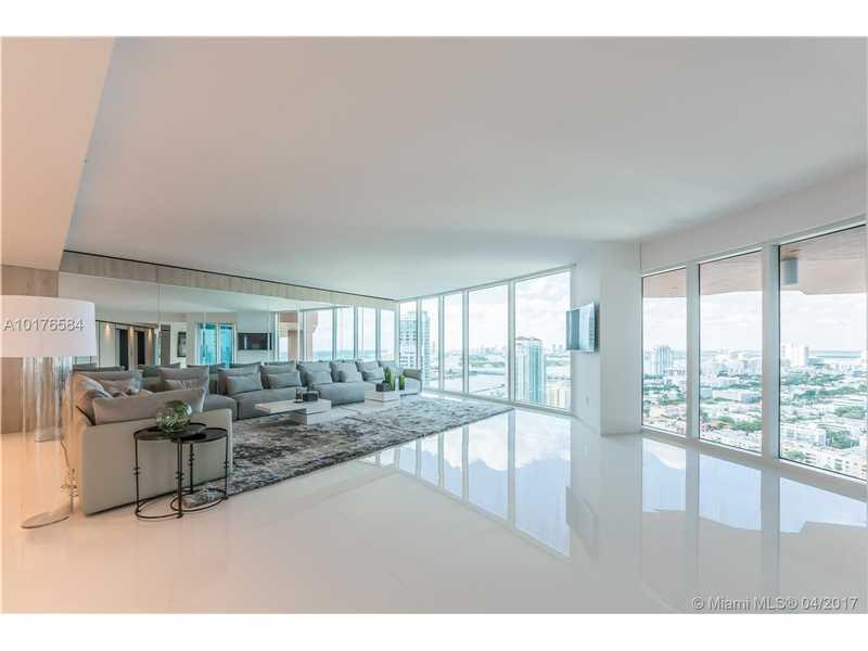 300 S Pointe Dr 3105, Miami Beach, FL 33139