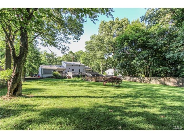 53 Elbow Hill Road, Brookfield, CT 06804