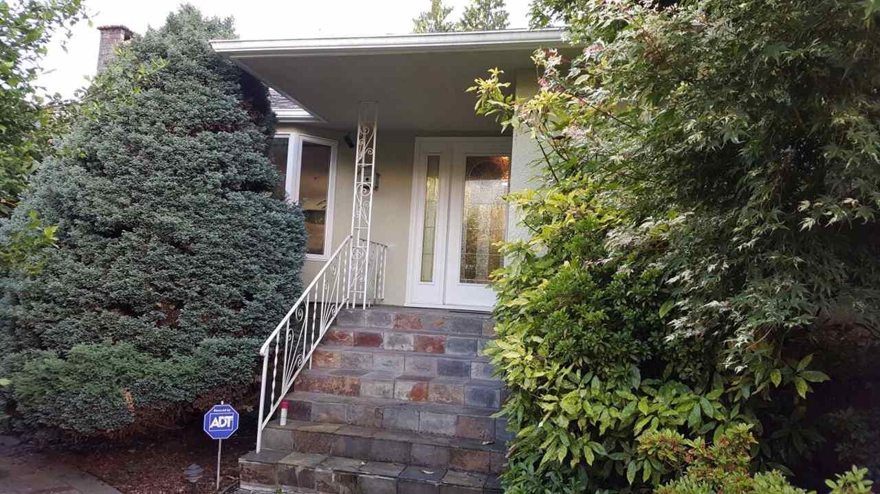 815 W 21ST STREET, North Vancouver, BC V7P 2C3