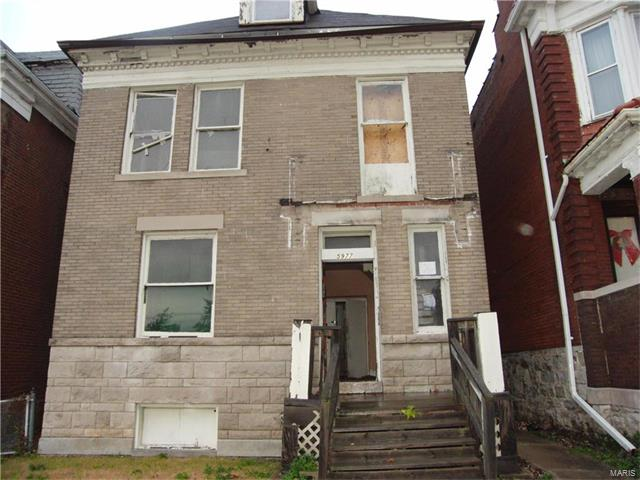 5977 Page, St Louis, MO 63112