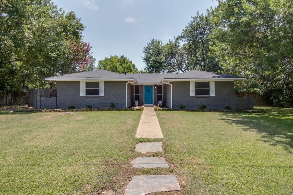 209 Oak Street, Highland Village, TX 75077
