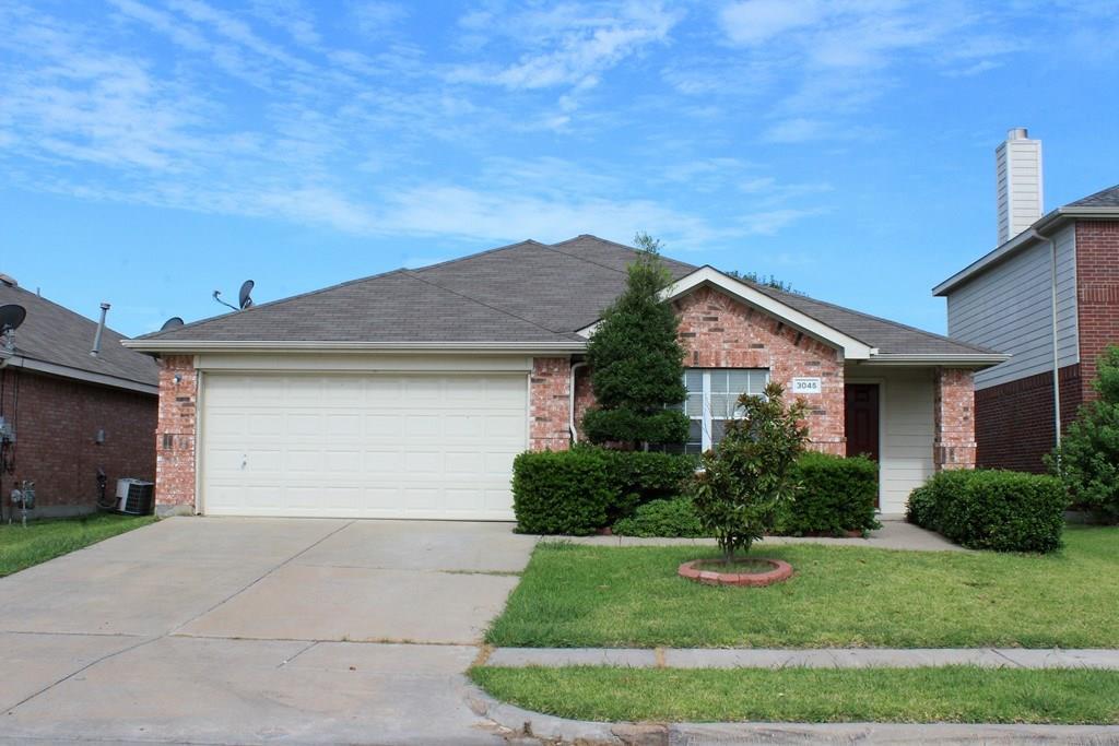 3045 Elmbrook Drive, Grand Prairie, TX 75052