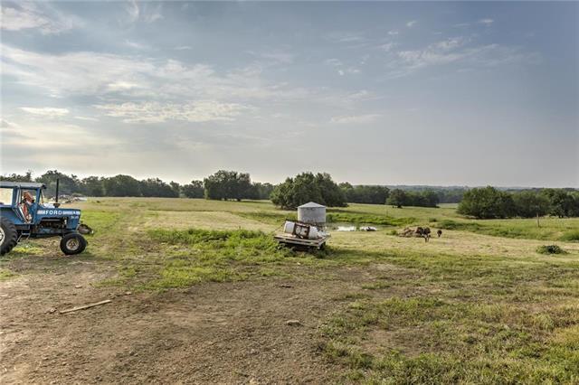23919 S Treasure Road, Peculiar, MO 64078