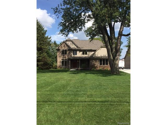 5736 Willow Grove Drive, Troy, MI 48085