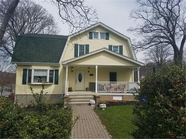 39 W Lewis Avenue, Pearl River, NY 10965