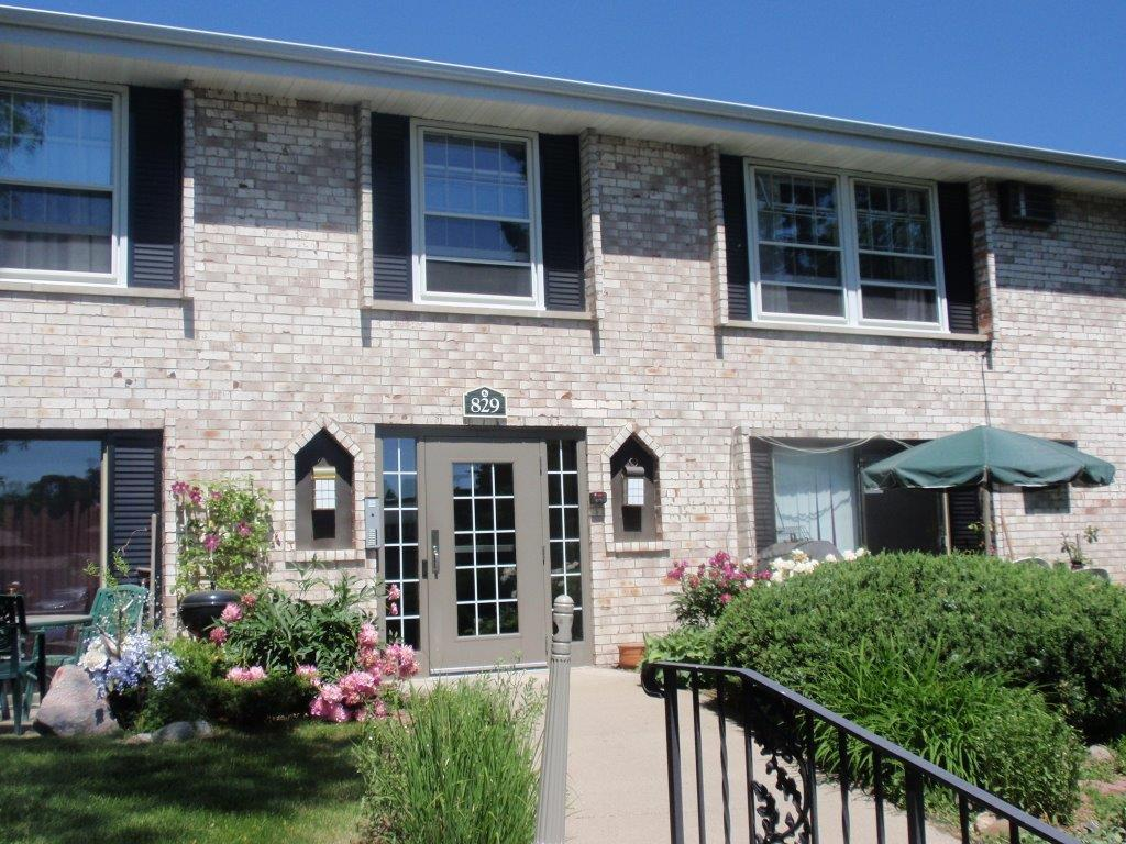 829 Old Settlers Trail 7, Hopkins, MN 55343