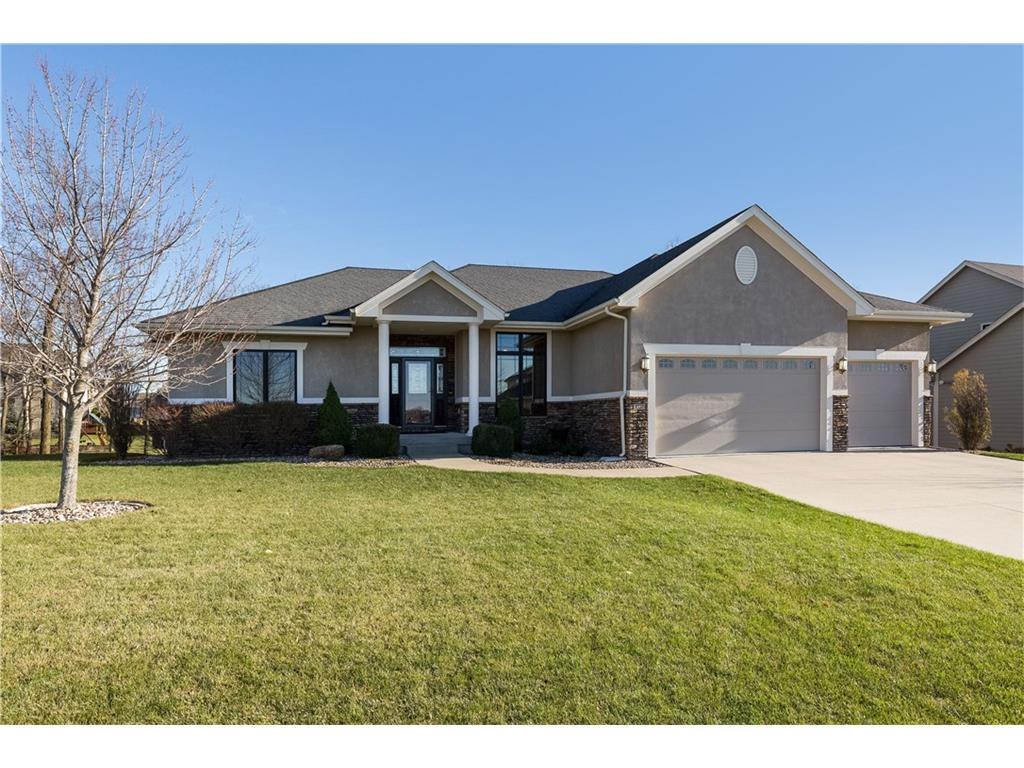 4227 NW 164th Street, Clive, IA 50325