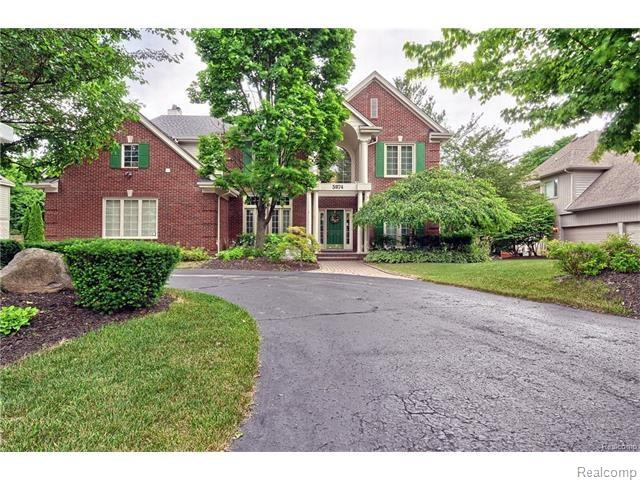 5874 ORCHARD WOODS DR, West Bloomfield Twp, MI 48324