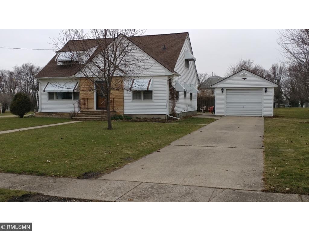 610 Barker Street, Hartland, MN 56042