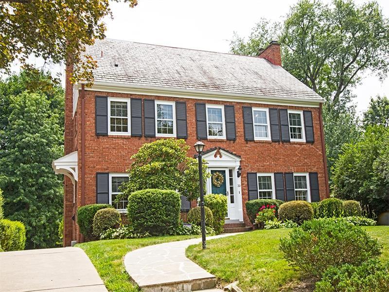 30 Hoodridge Drive, Pittsburgh, PA 15228