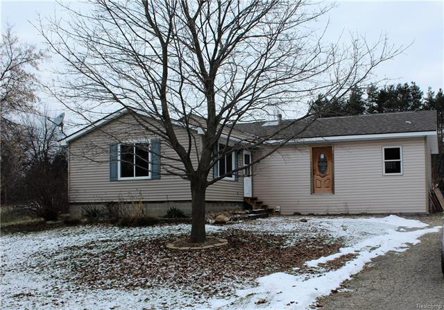 3742 GREGORY RD, Orion Twp, MI 48359